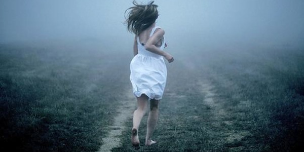 woman-running-away